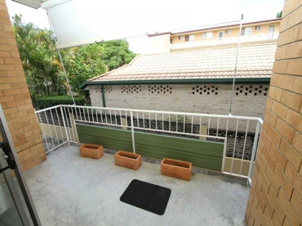 New Farm - Spacious 1 bedroom Bowen Terrace
