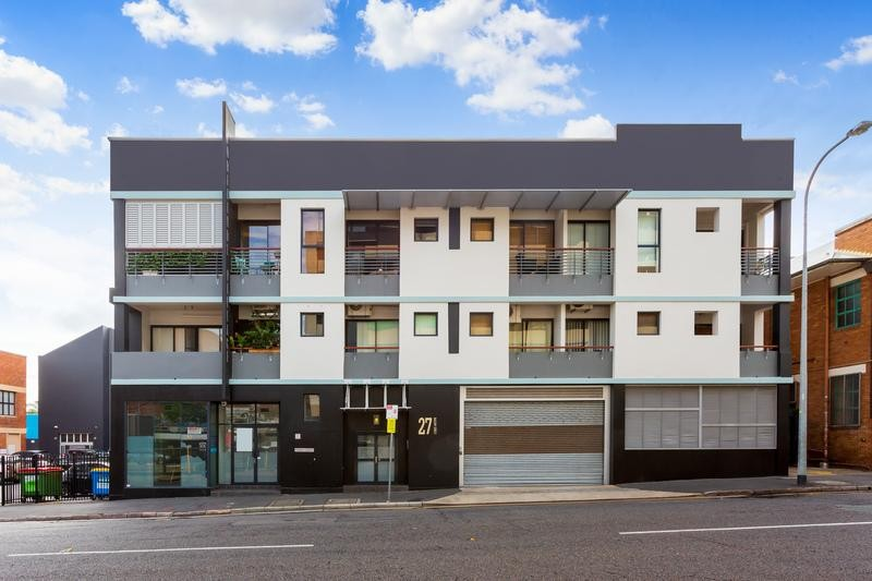 Loft Style Living in the Heart of Brisbane's Fortitude Valley Urgent Sale