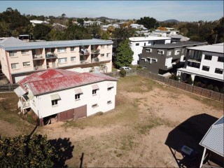 View profile: Norman Park 1214sqm House and land Potential Development or new House