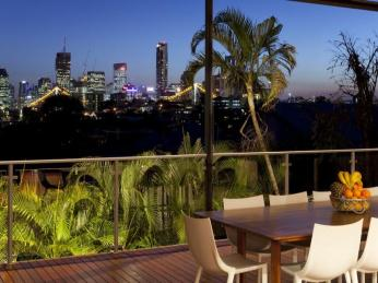 View profile: Spectacular city views and modern family lifestyle on Teneriffe Hill
