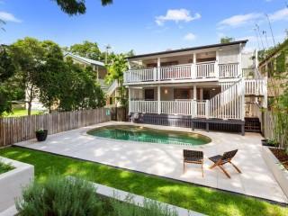 View profile: Idyllic Family Living on Prestigious Hamilton Hill
