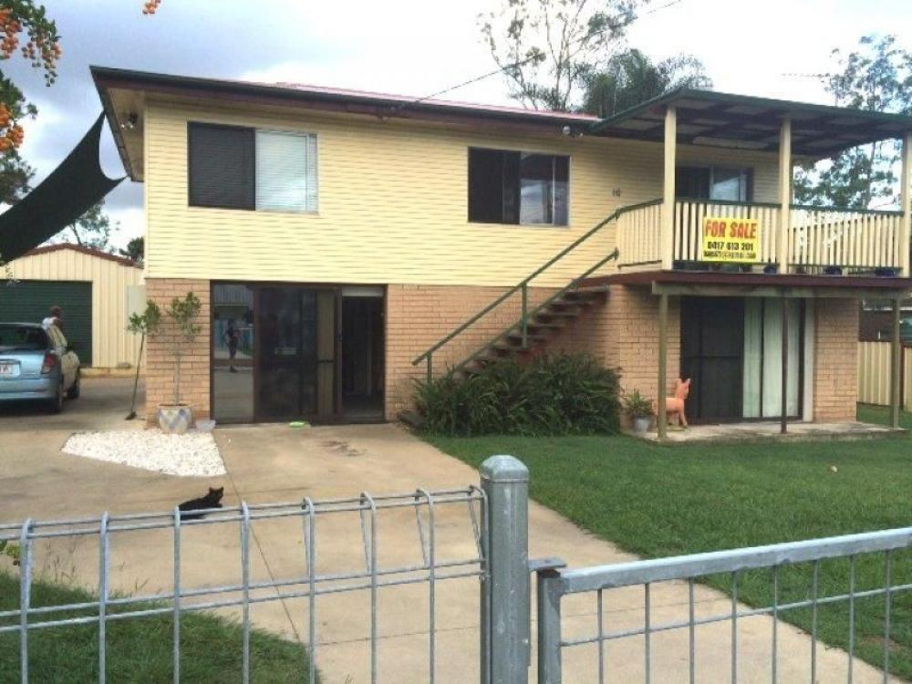 4 Bedrooms 2 Bathrooms - Fully Renovated 2 level Home with POOL & Air-Con