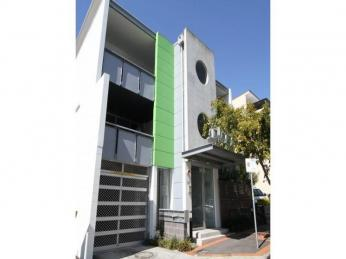 View profile: ULTRA MODERN RENOVATED 2 BEDROOM UNIT